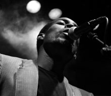 BLACK GANDHI live at sala apolo – CHIQUITA