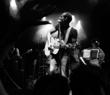 BLACK GANDHI live at sala apolo – SONRISA